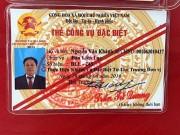 Móc thẻ công vụ đặc biệt để xin xỏ CSGT