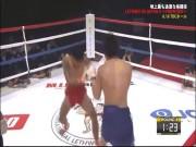 Thể thao - MMA: Tuyệt kỹ Thiếu Lâm Tự cho đối thủ bay khỏi sàn