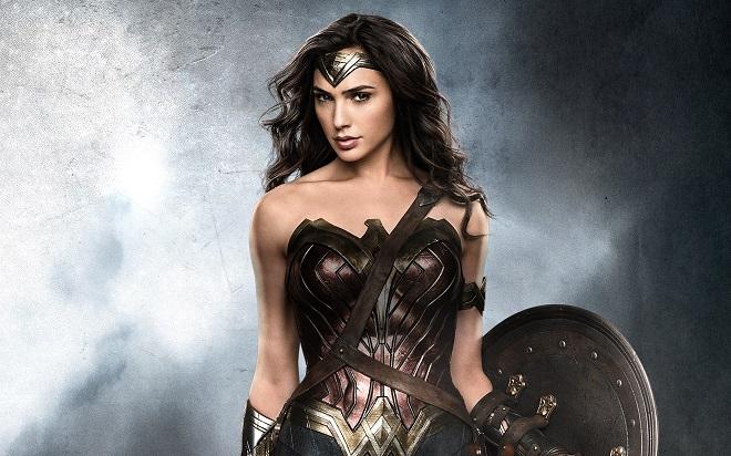Lộ cát-xê của Wonder Woman: Fan bức xúc, Superman hoan hỷ - 2