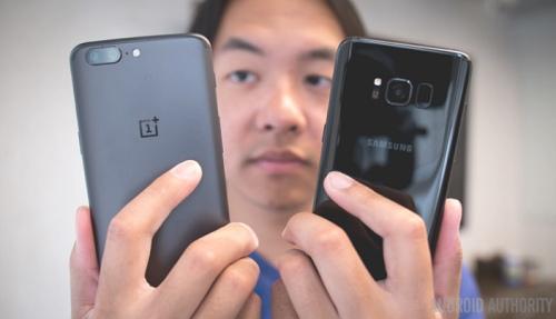 "OnePlus 5 có ""đủ tuổi"" đấu Samsung Galaxy S8? - 3"