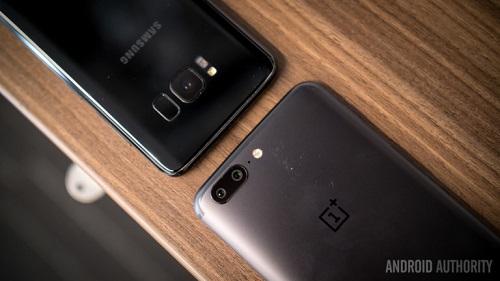 "OnePlus 5 có ""đủ tuổi"" đấu Samsung Galaxy S8? - 4"