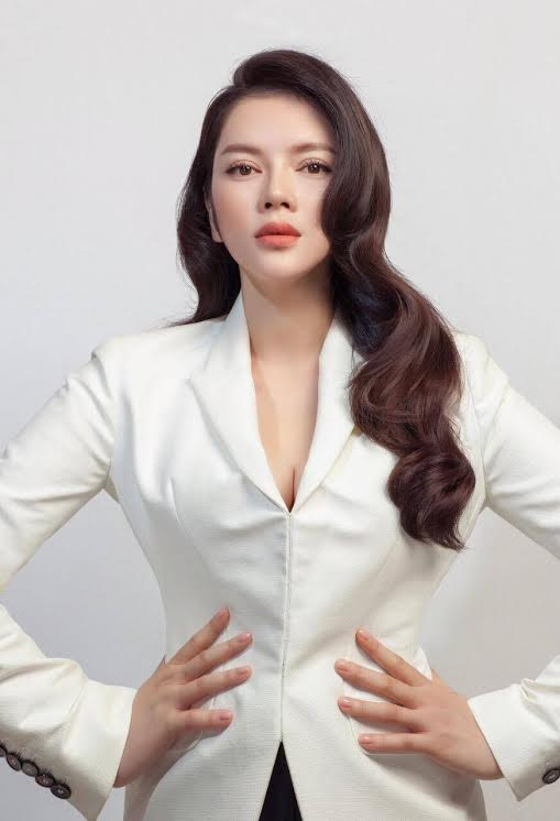 Lý Nhã Kỳ tiết lộ về chuyến thăm của ảnh hậu Hong Kong Xa Thi Mạn - 5