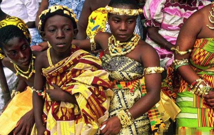 Sốc với độ chịu chơi của các nàng tiểu thư châu Phi - 2