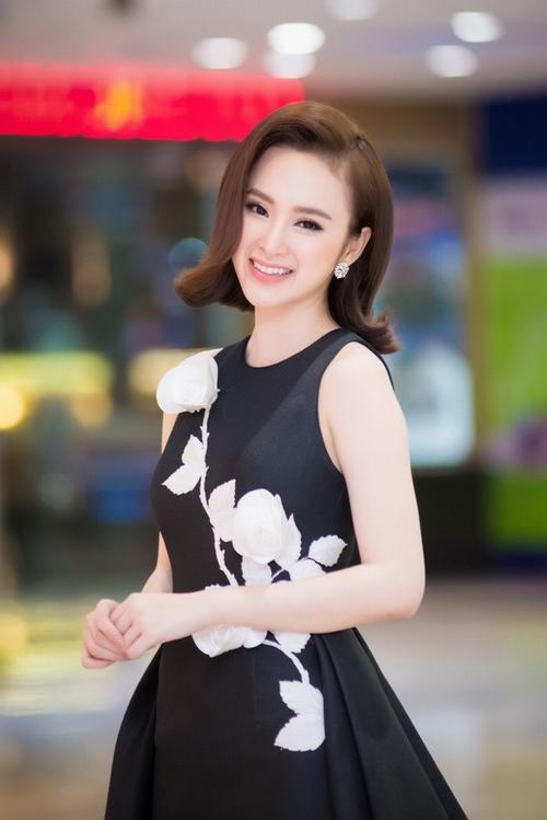 Nghỉ học từ năm 13 tuổi, Angela Phương Trinh, Hoài Lâm vẫn kiếm cát xê trăm triệu - 1
