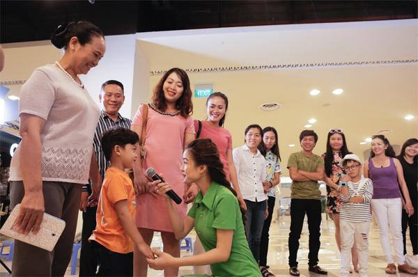 """Mẹ bỉm sữa sôi nổi tranh luận """"cuộc chiến về da"""" khắp Hà Nội, Đà Nẵng, TP.HCM - 1"""