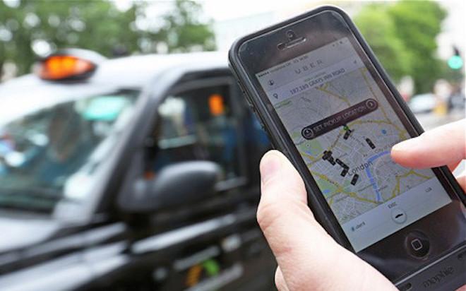 """""""Tuyệt chiêu"""" đi taxi Uber tiết kiệm khi trời mưa, đường ngập - 2"""