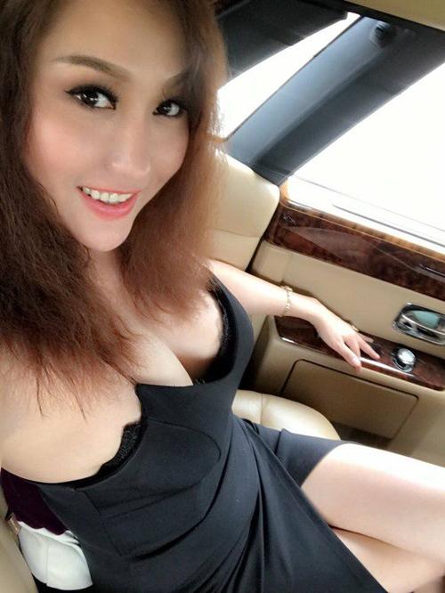 """Phi Thanh Vân gây sốc khi """"diện nhầm"""" váy ngủ ra phố - 2"""