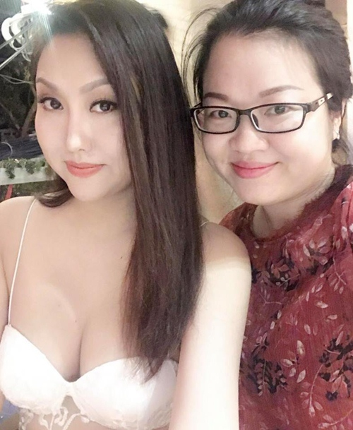 """Phi Thanh Vân gây sốc khi """"diện nhầm"""" váy ngủ ra phố - 13"""