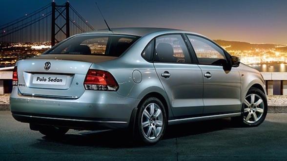 Volkswagen Touareg tại Việt Nam hạ giá 260 triệu đồng - 2