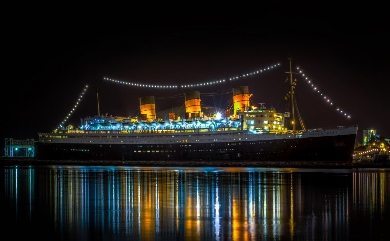 Lạnh gáy qua đêm trên con tàu ma huyền thoại ở California - 16