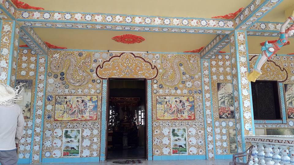 Ngôi chùa được ốp chén, dĩa độc đáo có một không hai ở Sóc Trăng - 6