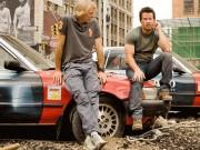 """Phim - Transformers 5: Vì đâu cả đạo diễn lẫn diễn viên đều """"bỏ chạy""""?"""