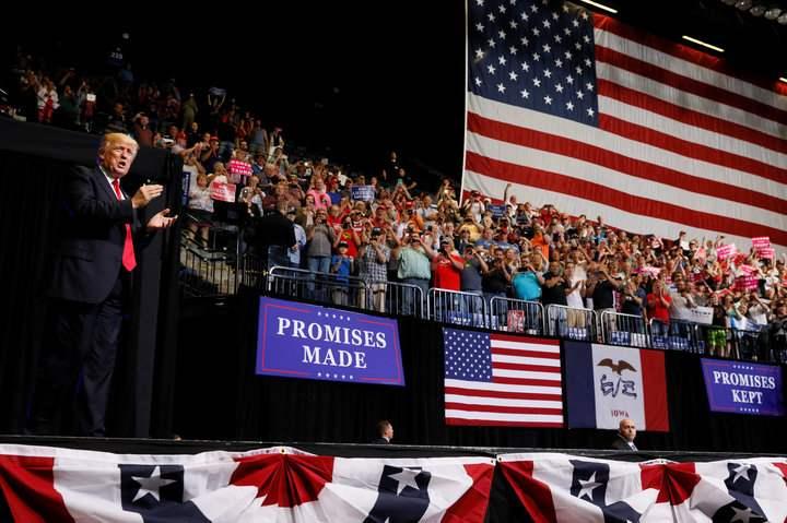 Ông Trump nói lý do không chọn người nghèo vào nội các - 1