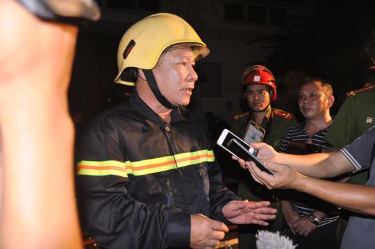 Toàn cảnh vụ cháy kinh hoàng ở cảng Sài Gòn - 2