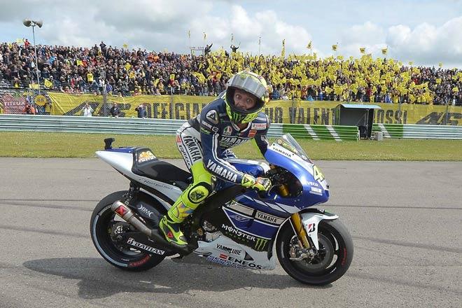 """Đua xe MotoGP: Thiêu đốt ở """"ngôi đền"""" tốc độ - 3"""