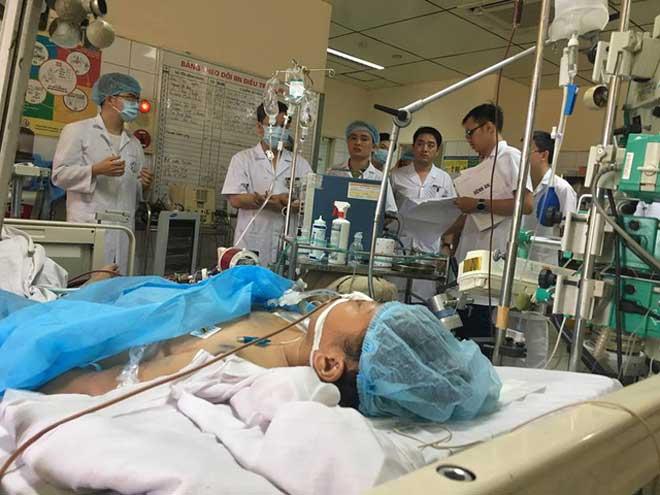 Vụ 8 người tử vong khi chạy thận: Nỗi lòng bác sĩ khi đồng nghiệp bị bắt - 1