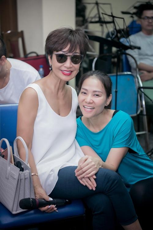 Choáng với trẻ trung, nuột nà của diva Khánh Hà ở tuổi U70 - 5