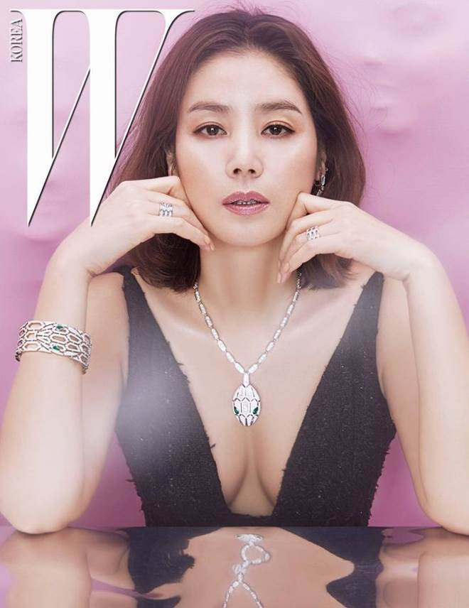 Phu nhân tỷ phú Hàn Quốc 50 tuổi vẫn nuột nà như thanh nữ - 10