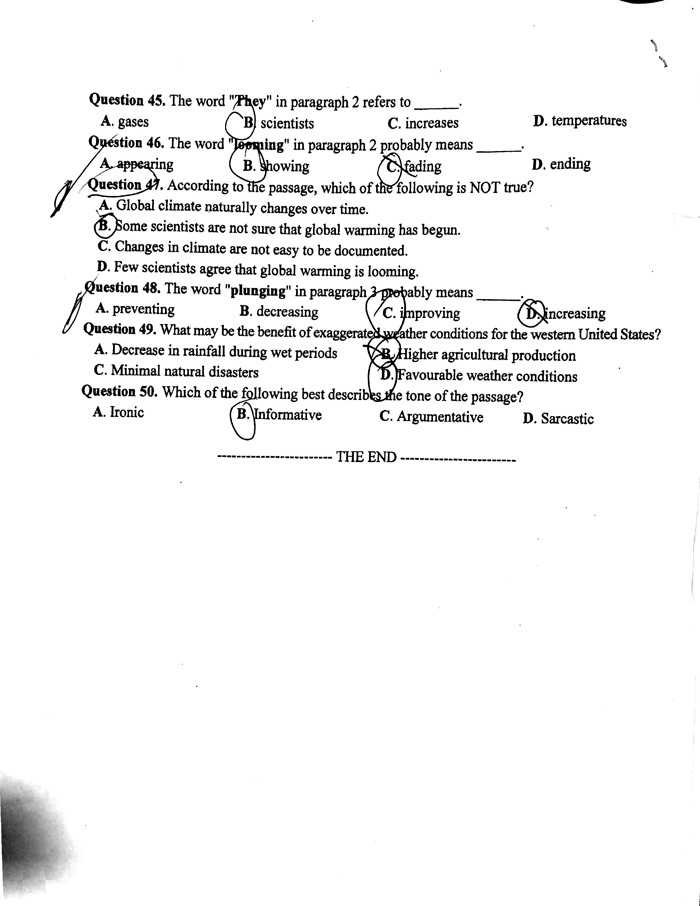 Đề thi, gợi ý lời giải môn Tiếng Anh kì thi THPT - 11