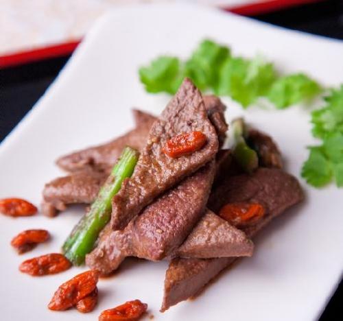 Thịt lợn đại kỵ nấu với những thực phẩm này - 2