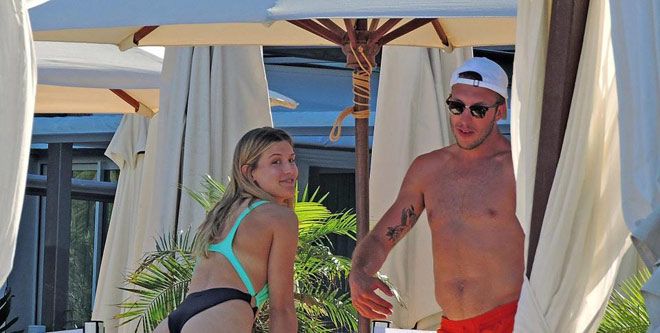 """Kiều nữ tennis mặc bikini """"hở bạo"""", du hí cùng bạn trai hot-boy - 3"""