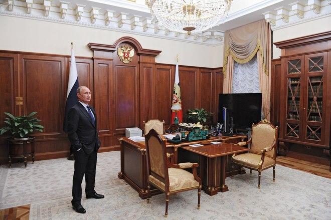 Xem văn phòng bí mật của Putin, báo chí không được vào - 1