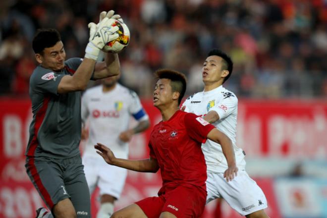 V-League đá 3 trận, nghỉ 2 tháng - 1