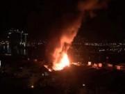 Tin tức trong ngày - Cháy lớn trên giao lộ Hoàng Diệu- Nguyễn Tất Thành, quận 4