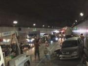 Tin tức trong ngày - Ô tô chạy ngược chiều vào hầm Thủ Thiêm gây tai nạn liên hoàn
