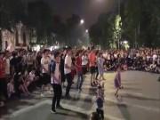 """Bé gái nhảy cực chất trên phố đi bộ Hà Nội  """" gây bão """""""
