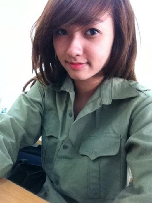 Bóc mẽ nhan sắc Hoàng Thùy Linh, Kỳ Duyên thời sinh viên học quân sự - 10