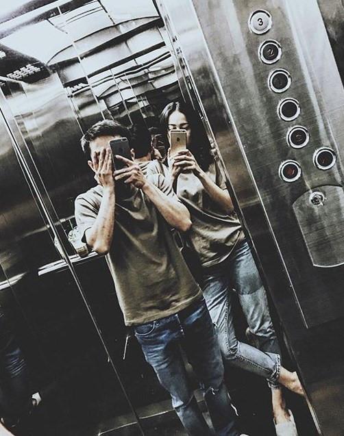 """Trong thang máy mà Hà Hồ, Mai Phương Thuý ăn mặc khiến fan """"rớt tim"""" - 14"""