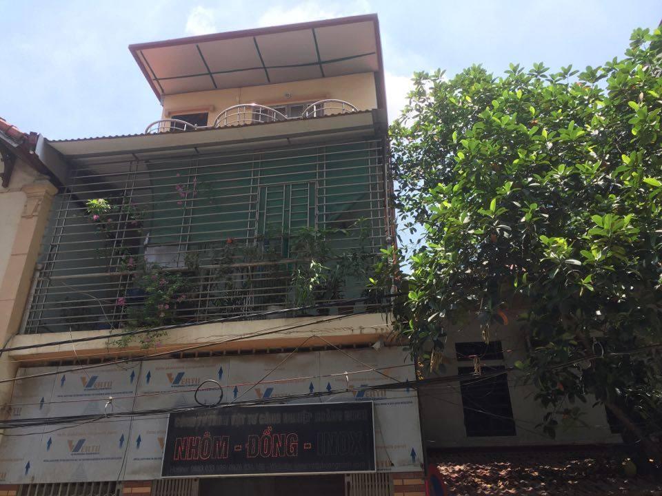 Kinh hãi: Khỉ đực vào nhà tấn công bé sơ sinh ngay giữa Thủ đô - 1
