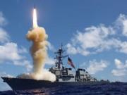 Do đâu chiến hạm tối tân Mỹ không thể tránh né tàu hàng?