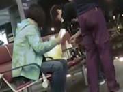 Phi thường - kỳ quặc - Khách TQ cắm nồi điện nấu ăn giữa phòng chờ máy bay