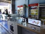 An ninh Xã hội - Trộm táo tợn lấy đi cả trăm điện thoại khi có nhiều người trong nhà