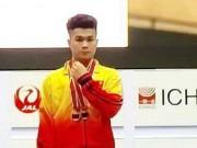 VĐV 18 tuổi giành huy chương vàng thế giới nhờ trượt ...điền kinh