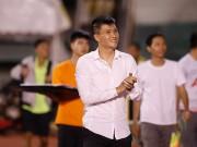 """HLV đội TP HCM:  """" Công Vinh muốn nói gì thì kệ… """""""