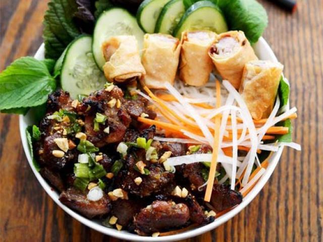 Mách bạn cách làm bún thịt nướng cho ngày chán ăn cơm