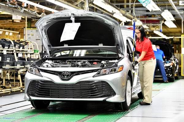 Toyota Camry 2018 bắt đầu được sản xuất - 2