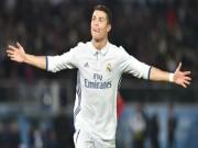 """Ronaldo khoe ảnh con  """" triệu like """"  và lo chạy tội trốn thuế"""