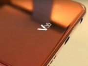 LG V30 không có màn hình phụ, dùng màn hình OLED cao cấp