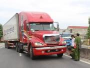 Tin tức trong ngày - Sức khỏe Thượng úy CSGT bị xe container suýt chẹt chết tiên lượng xấu