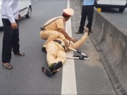 Tin tức trong ngày - Lời kể hãi hùng của nhân chứng vụ CSGT suýt bị chẹt chết