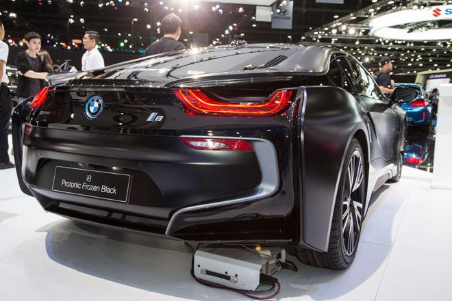 BMW ra mắt phiên bản giới hạn cho siêu xe Hybrid i8 - 2