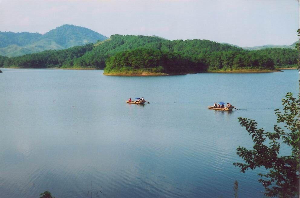 Đến Bắc Giang ngắm những điểm du lịch này mọi buồn phiền sẽ tan biến - 7