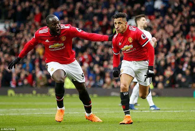 Sanchez tỏa sáng: MU-Mourinho mưu phục thù derby Manchester