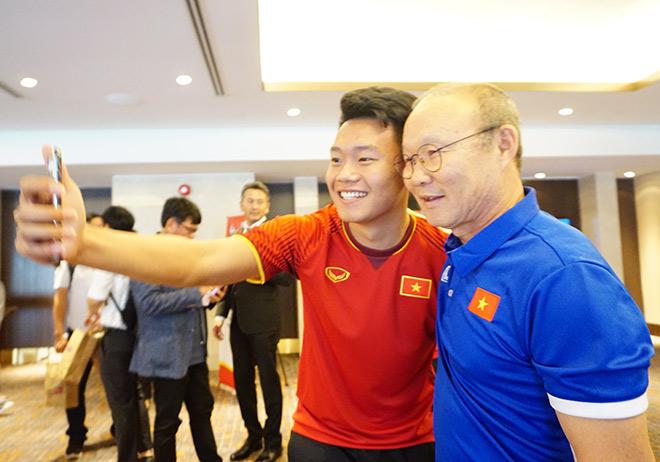 HLV Park Hang Seo cảnh báo dàn SAO U23 Việt Nam - 1