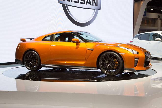 """""""Quái vật"""" Nissan GT-R Godzilla ra mắt, giá hơn 2,1 tỷ đồng - 4"""