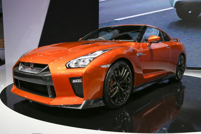"""""""Quái vật"""" Nissan GT-R Godzilla ra mắt, giá hơn 2,1 tỷ đồng - 11"""
